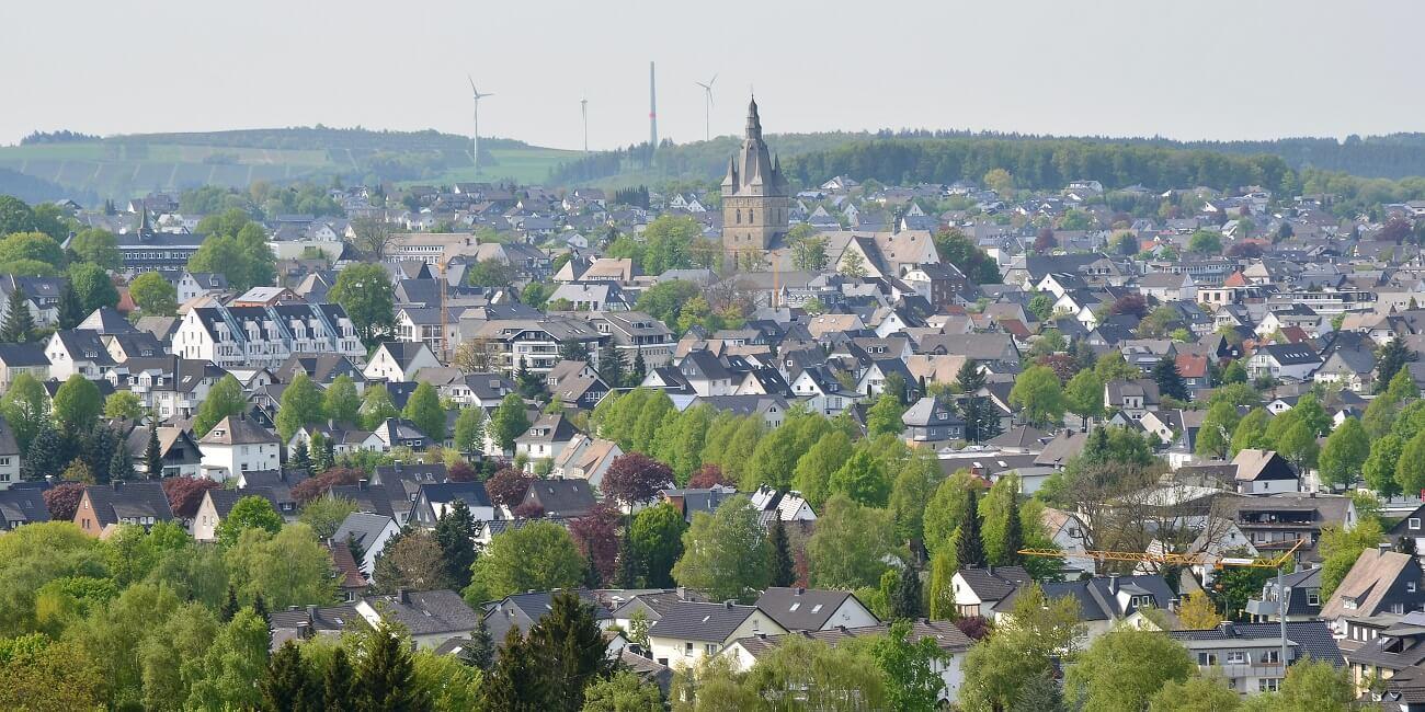 Brilon,_Blick_auf_die_Stadt_von_Süden_(1)
