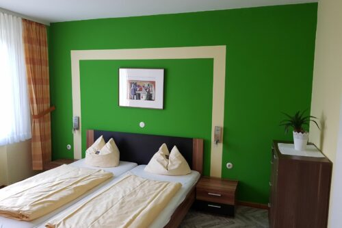 Hotel-Starke-Brilon_Doppelbett-2